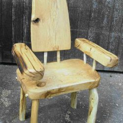 outdoor furniture - wooden story telling chair