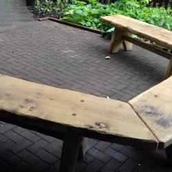 u-shaped-bench